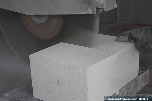 Резка газобетонного блока